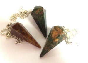 Bloodstone Pendulum for Divination - Naturally Patterned