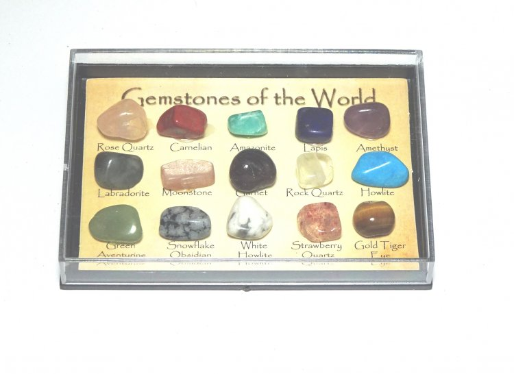 Gemstones of the World - 15 Crystal Samples Boxed