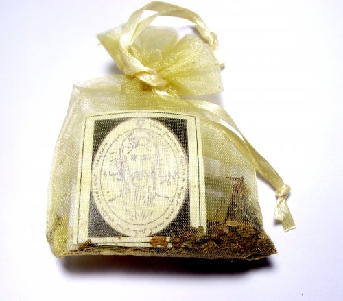 good fortune and luck mojo bag with oil herbs and crystal. Black Bedroom Furniture Sets. Home Design Ideas