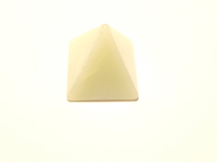 Jade Mid Size Pyramid Carving
