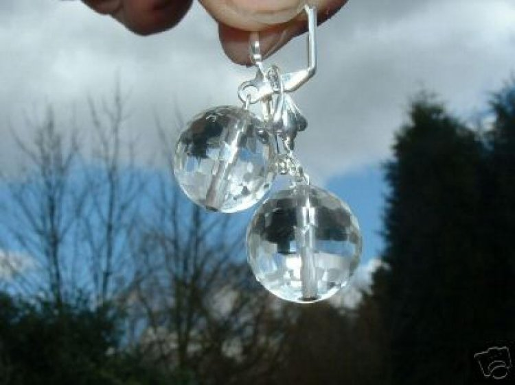 Facetted Quartz Earrings - Leverback