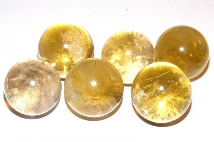 "Honey Calcite Gemstone Orb Sphere (1 1/4"")"