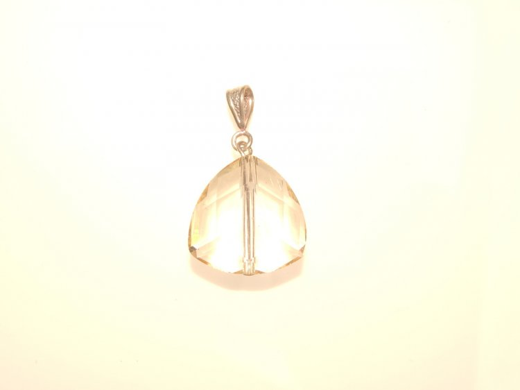 Lemon Andara Triangle Pendant