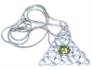 Triple Triquetra Peridot Pendant With Snake Chain
