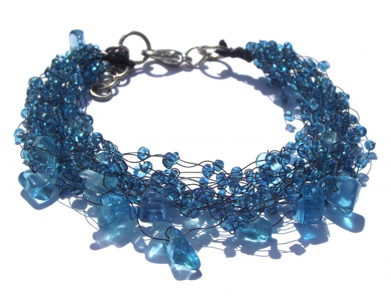 Blue Beaded Fashion Bracelet