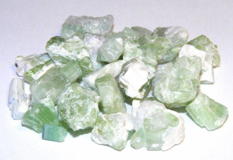 Green Tourmaline 20Gm Gemstone Pack