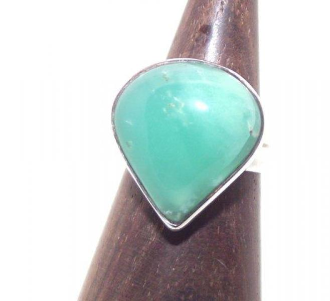 Green Chalcedony Gemstone Ring Size P