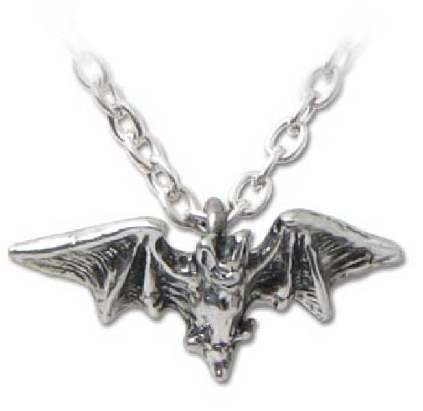 Kiss Of The Night Alchemy Gothic Pewter Pendant