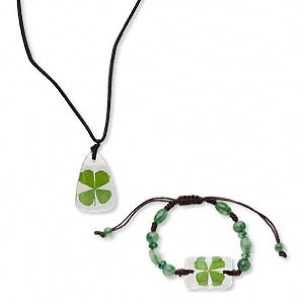 Lucky Four Leaf Clover Pendant And Bracelet