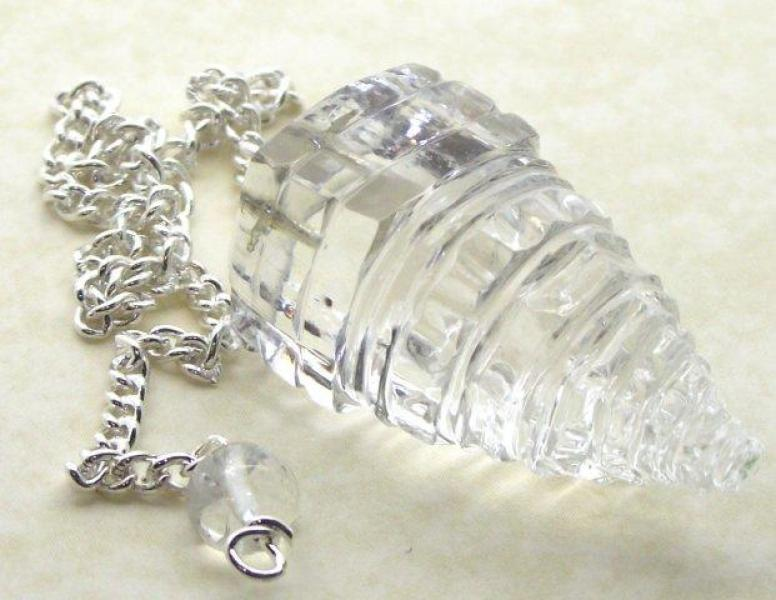 Shri Yantra Clear Quartz Gemstone Pendulum for Divination