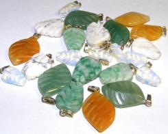 Gemstone Short Leaf Pendant